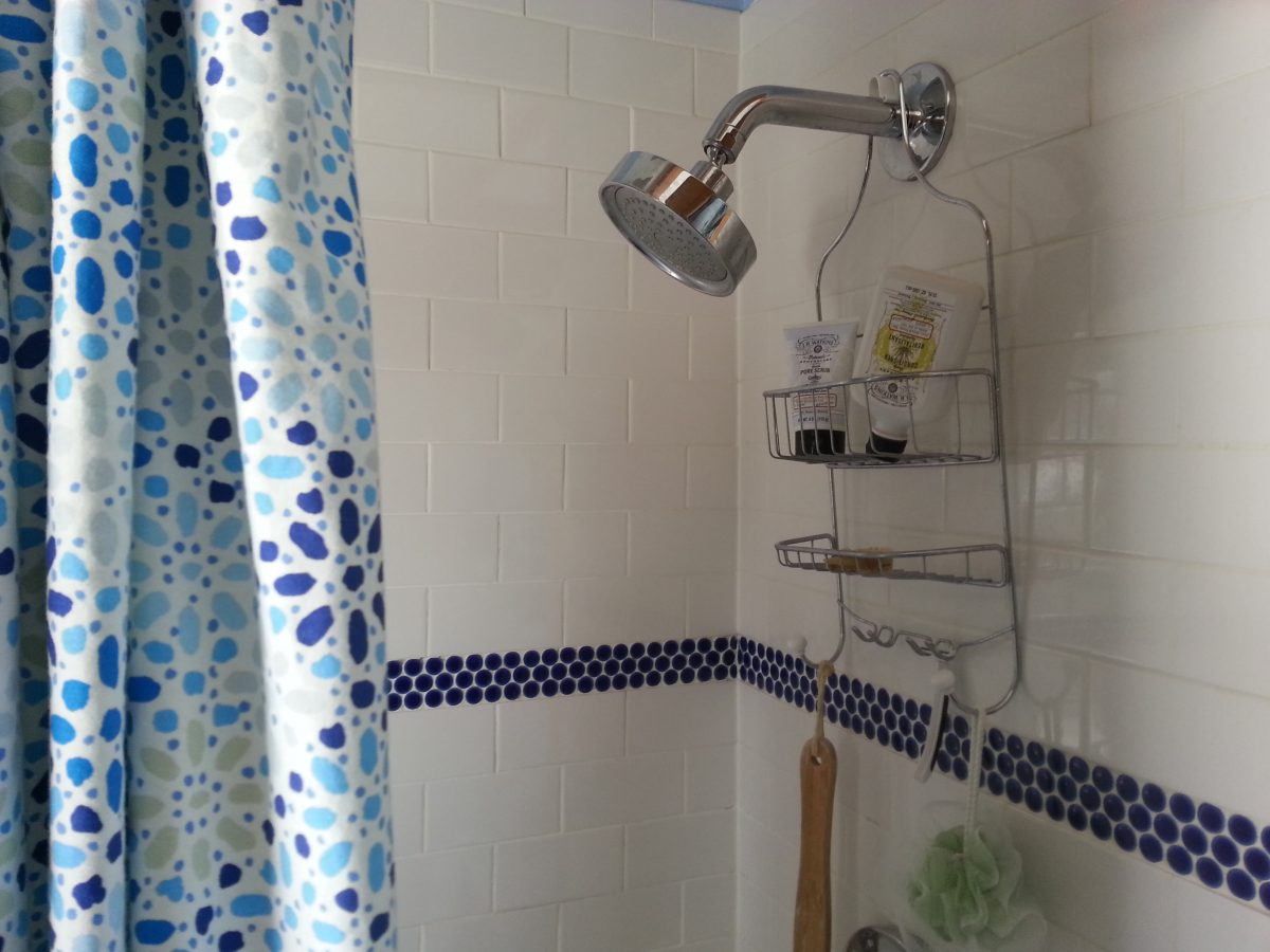 Homemade Tub Tile Cleaning Remedies