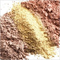mineral makeup uncovered www.mindfulmomma.com