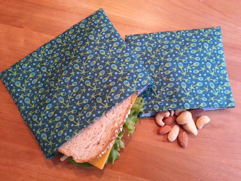 DIY Snack & Sandwich Bags // www.mindfulmomma.com