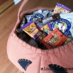 How to Manage Sweets Season www.mindfulmomma.com
