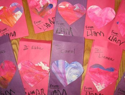 Valentine's Day artwork cards via mindfulmomma.com