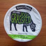 Stonyfield 100% Grassfed Yogurt // www.mindfulmomma.com