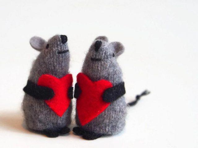 Handmade wool mouse