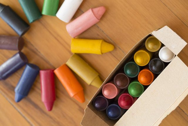 Honeysticks crayons and other non-toxic art supplies