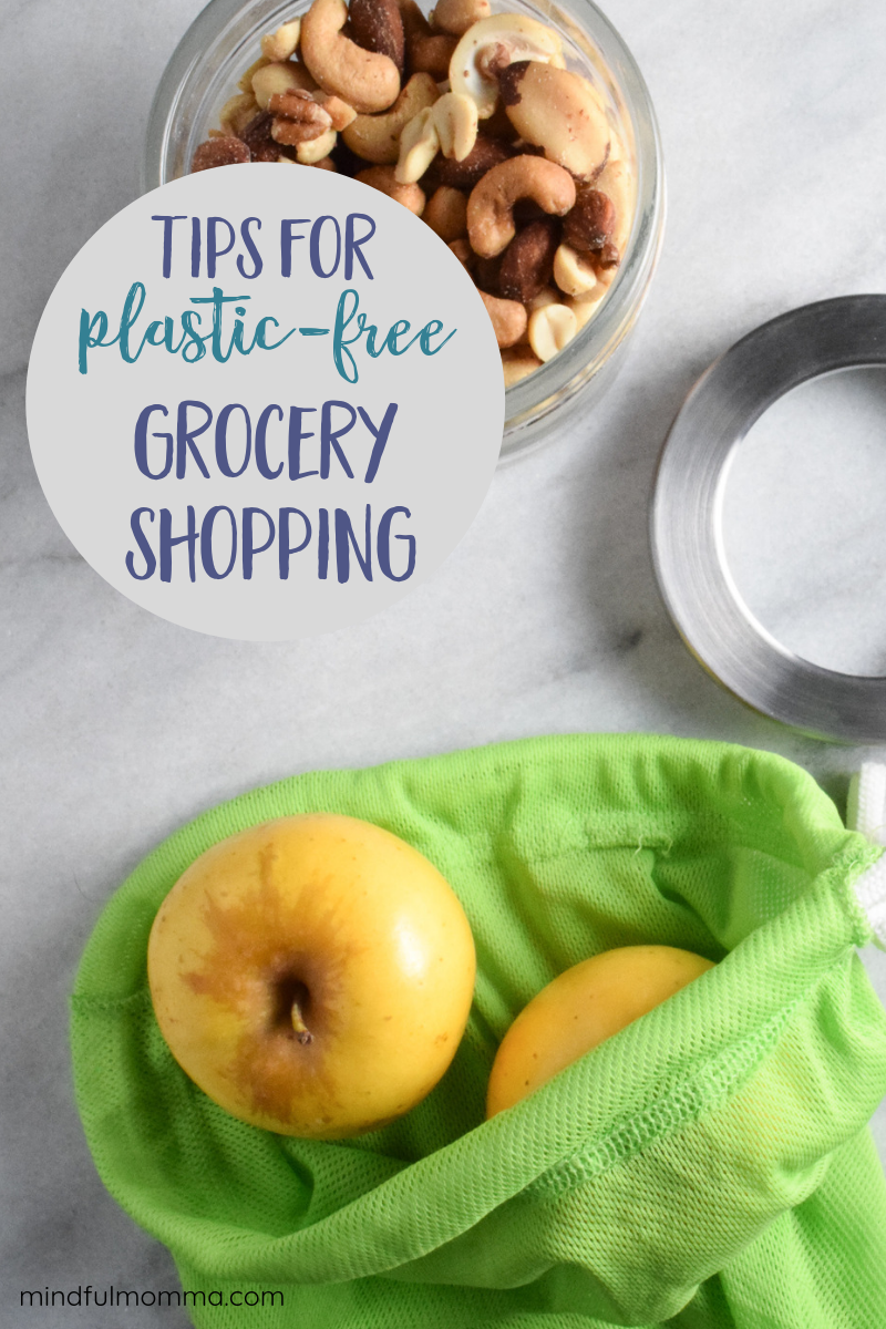 Tips for plastic free grocery shopping including how to shop plastic free in every department of the grocery store - from the produce department to the bakery and everything in between. Find out which reusable bags and other zero waste supplies you need for plastic free July and beyond! | #plasticfree #zerowaste #grocery #ecofriendly #reusable via @MindfulMomma