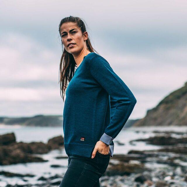 isobaa-womens-merino-crew-sweater-petrol-sky