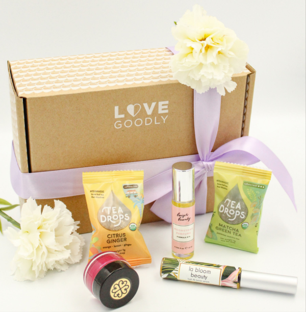 Love Goodly clean beauty subscription box